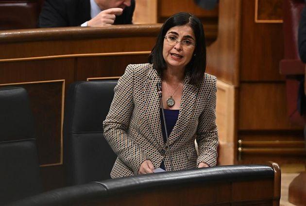La ministra de Política Territorial y Función Pública, Carolina Darias interviene durante la sesión de
