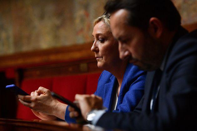 Marine Le Pen et Sébastien Chenu à l'Assemblée nationale le 17