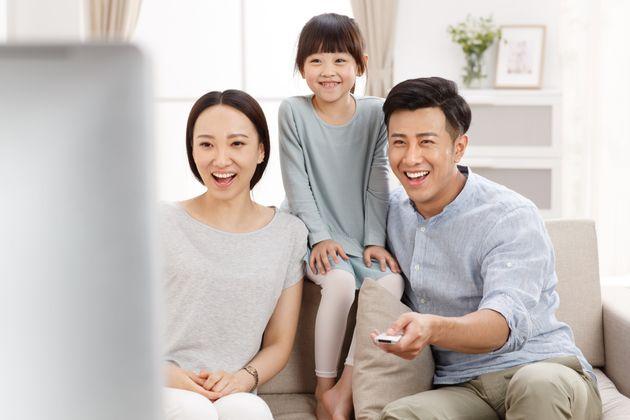 2020年、テレビはネットで観る時代に?