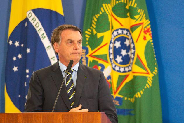 Jair Bolsonaro mais uma vez cruza linha do aceitável ao fazer ofensa sexual contra