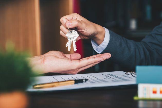 Competencia abre expediente a Idealista, Look & Find y otras 5 inmobiliarias por presunto pacto de