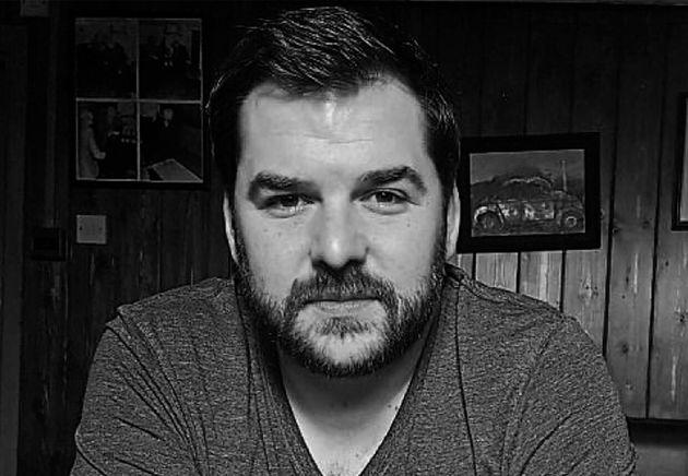 El escritor Dan