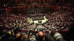 La Camera vota la fiducia al Milleproroghe: dai medici in corsia fino a 70 anni ai fondi per i precari, le novità del