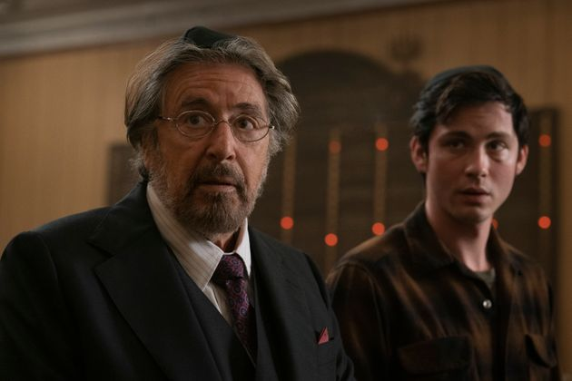 Al Pacino (Meyer Offerman) et Logan Lerman (Jonah) en chasseurs de nazis dans la série