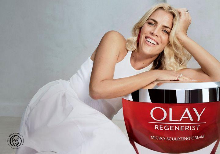L'actrice Busy Philipps est porte-parole de Olay.