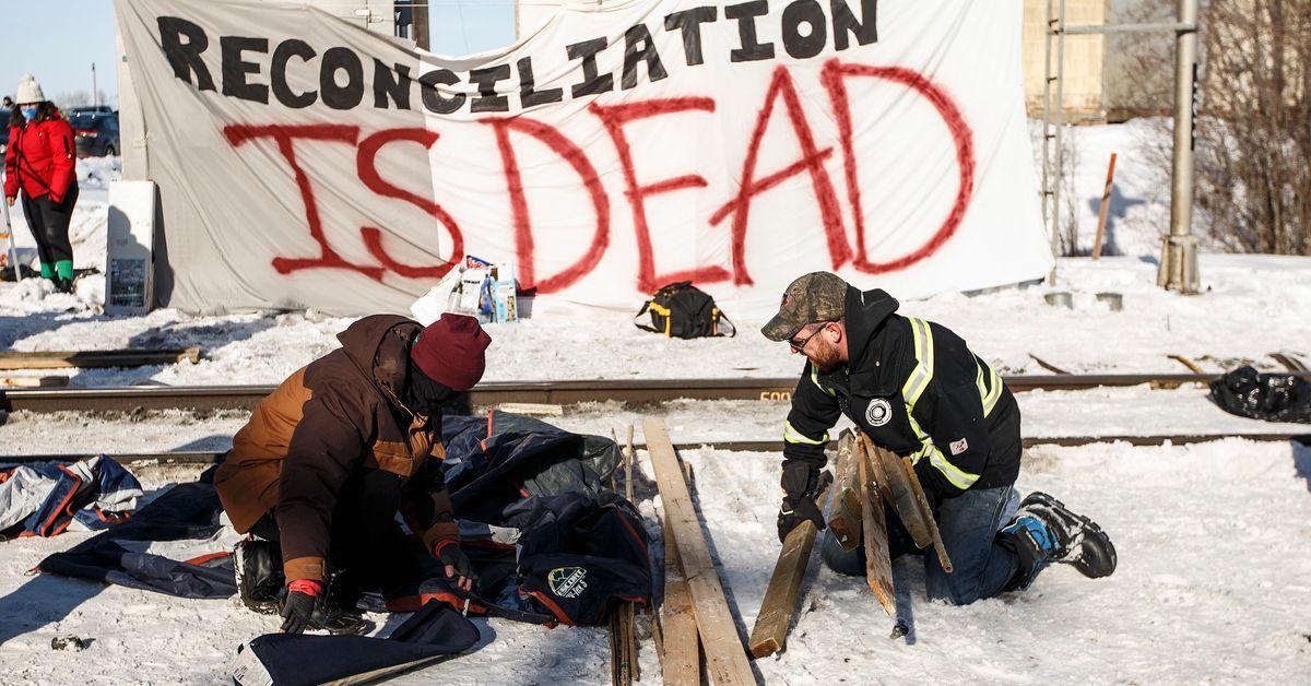 エドモントンCN鉄道封鎖が裁判官の助成を受けてシャットダウン