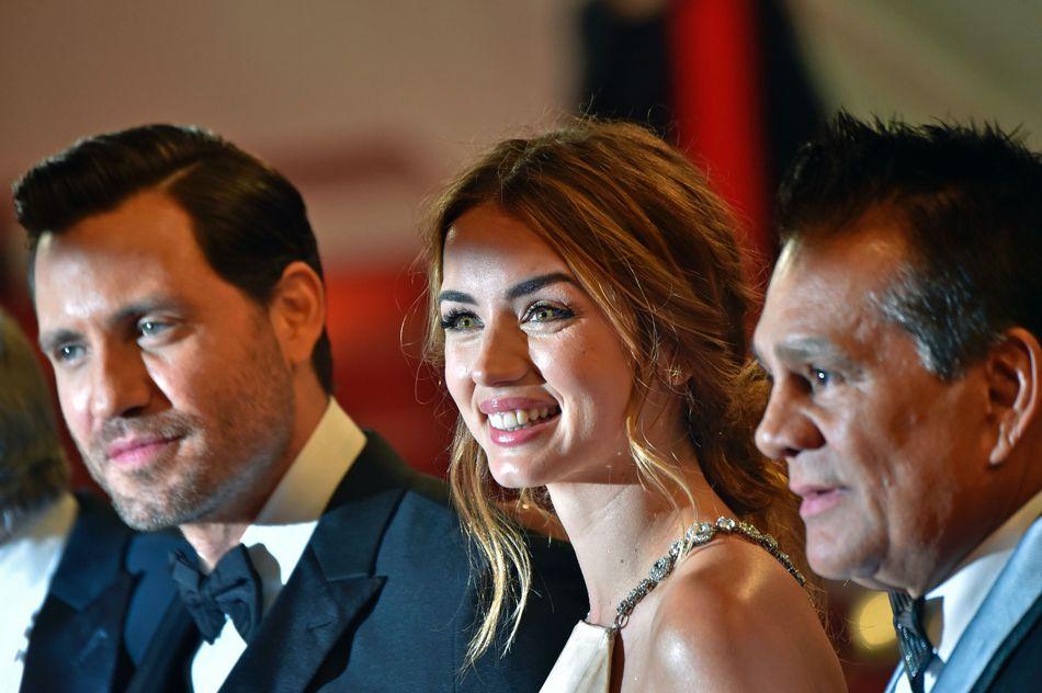 Junto al actor venezolano Edgar Ramirez y el boxeador panameño Roberto Duran en el Festival de Cannes de 2016.