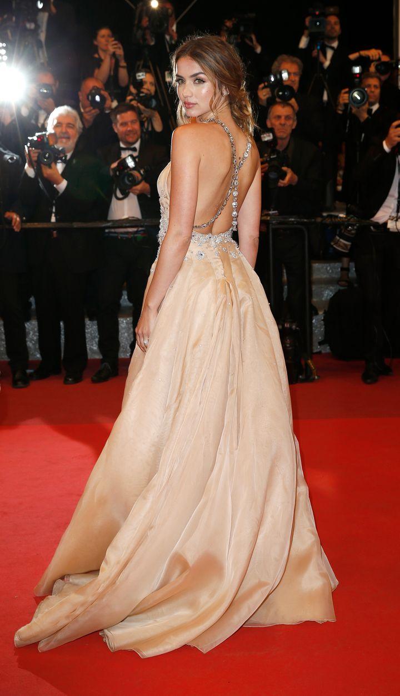 Ana de Armas en la presentación de 'Manos de piedra' el Festival de Cannes en 2016.