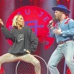 Quand Céline Dion chante «Coton ouaté» avec Bleu Jeans Bleu au Centre