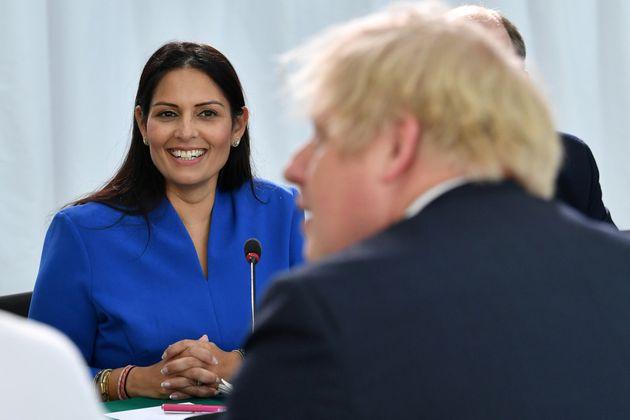 Priti Patel, ministra del Interior