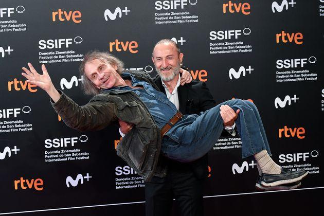 Michel Houellebecq et le réalisateur Guillaume Nicloux sont très habitués à...