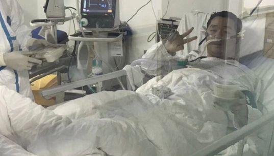 「悲劇だ」。結婚式を延期し治療続けた29歳医師、新型コロナ感染で死亡