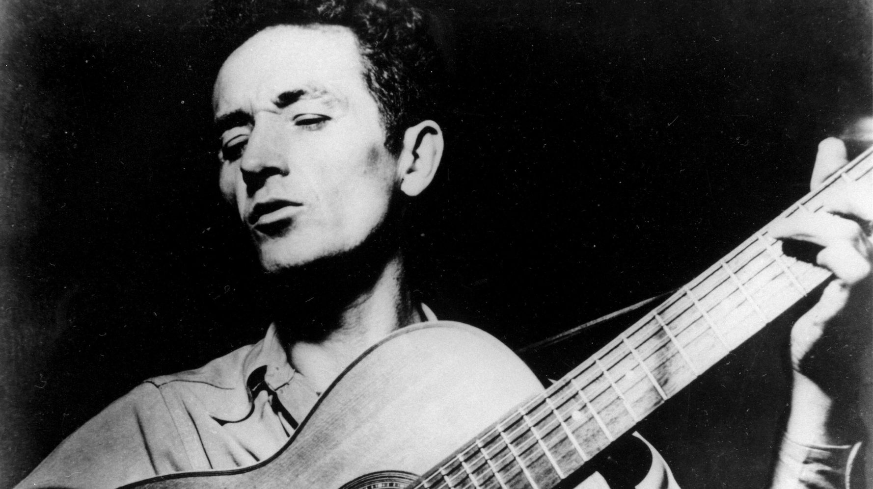 'All You Fascists Bound To Lose': Ex-Ethics Boss Inspires Twitter Fans With Woody Guthrie Song
