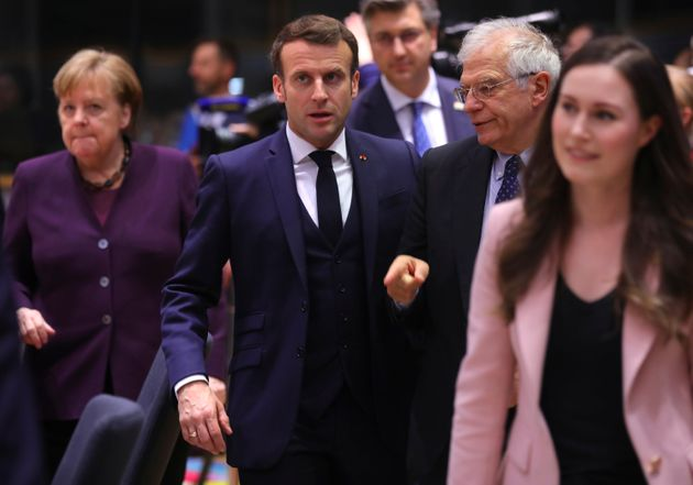 Angela Merkel (Alemania), Emmanuel Macron (Francia), Josep Borrell (jefe de la diplomacia de la UE) y...