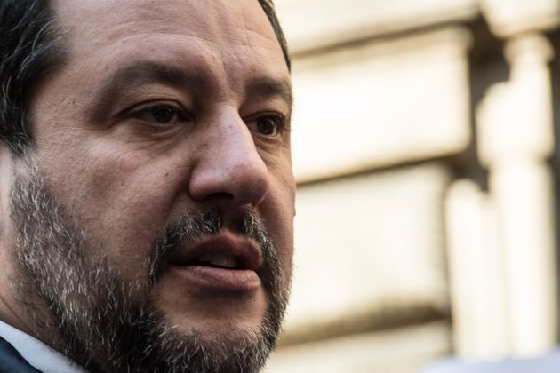 """Salvini chiede di blindare le frontiere: """"Controllare c"""