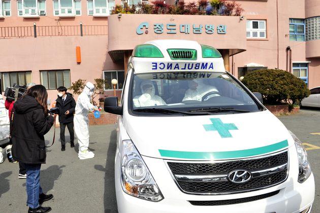 청도 대남병원에서 부산으로 이송된 신종 코로나 확진자