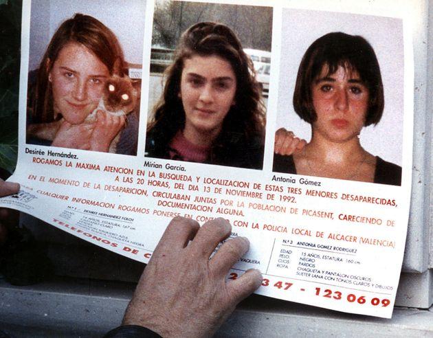 Imagen de archivo de los carteles colgados tras la desaparición de las niñas de