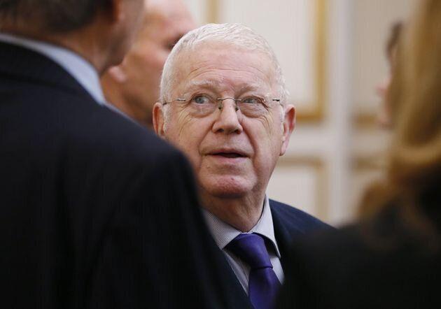 L'ancien ministre socialiste Michel Charasse, 78 ans, est décédé des suites d'une longue maladie dans la nuit de jeudi à vendredi à l'hôpital de Clermont-Ferrand.