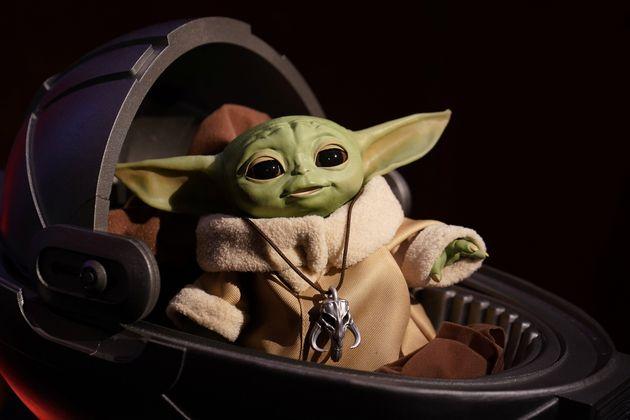 O boneco do Baby Yoda está, finalmente, entre