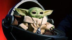 A coisinha mais fofa das galáxias: Um Baby Yoda que faz caras e bocas está entre