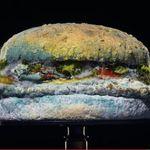 Το νέο «μουχλιασμένο» μπέργκερ της Burger King πιο λαχταριστό από