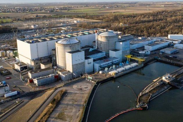 Une vue aérienne de la centrale nucléaire de Fessenheim, le 20 février