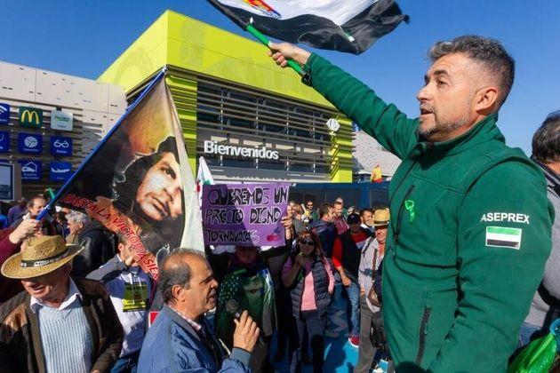 Cargas policiales y enfrentamientos en Mérida por las protestas de los