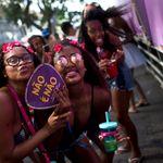 Assédio sexual dentro e fora do bloco de Carnaval é crime. Saiba como denunciar estes