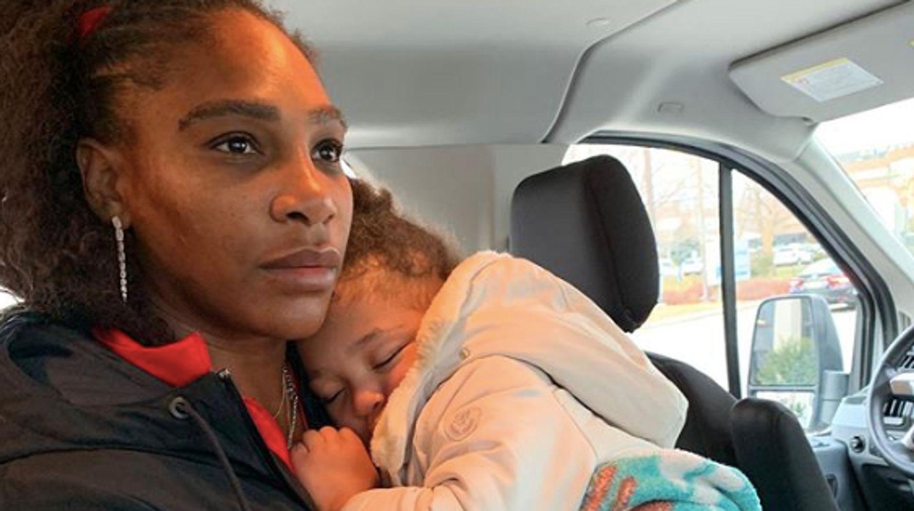 """""""On ne lâche rien"""": Serena Williams partage sa réalité """"sans filtre"""" de mère qui travaille"""