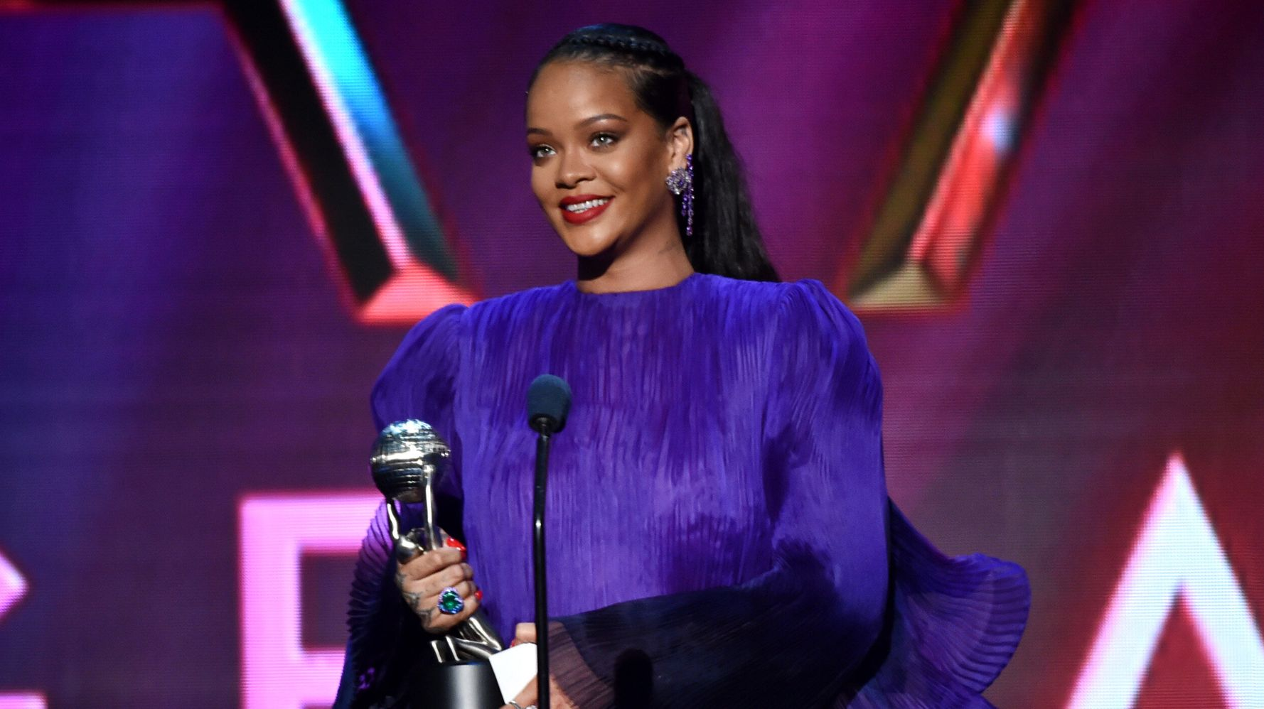 Rihanna Talks Allyship At 2020 NAACP Image Awards: 'Tell Your Friends To Pull Up'