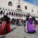 Τρεις νεκροί στην Ιταλία από τον κορονοϊό - Διακόπτεται το καρναβάλι της