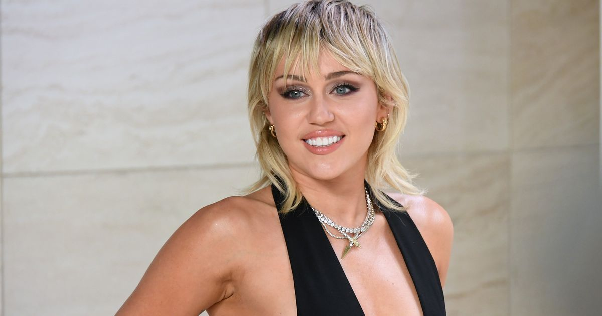 Miley Cyrus To Headline Australian Bushfire Relief Charity Concert