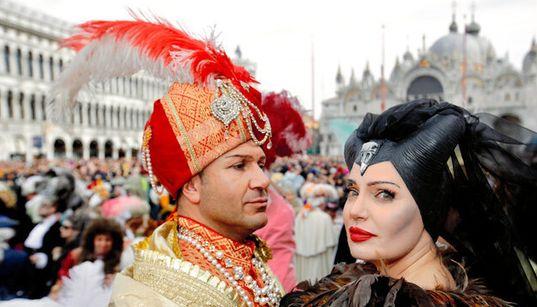 ベネチアのカーニバルが中止 新型コロナウイルスの影響