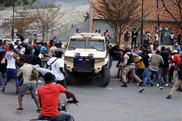 Αϊτή: Αιματηρά επεισόδια μεταξύ αστυνομικών και