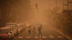 Reabren todos los aeropuertos de Canarias tras los incendios y la