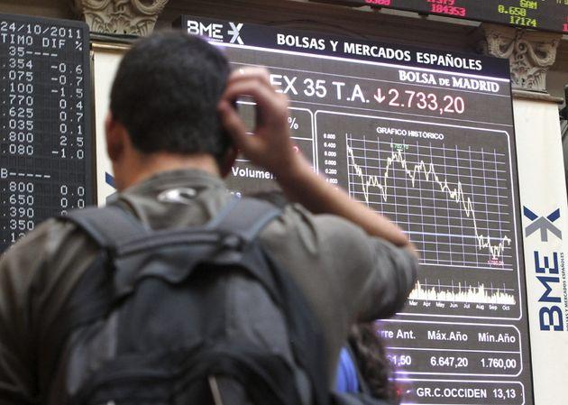 La Bolsa española abre con fuertes pérdidas de más del 2% por el