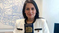 ¿Ves algo raro en este pasaporte? La contradicción de los nuevos documentos