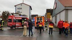 Γερμανία: Αυτοκίνητο έπεσε σε καρναβαλικό άρμα - Δεκάδες