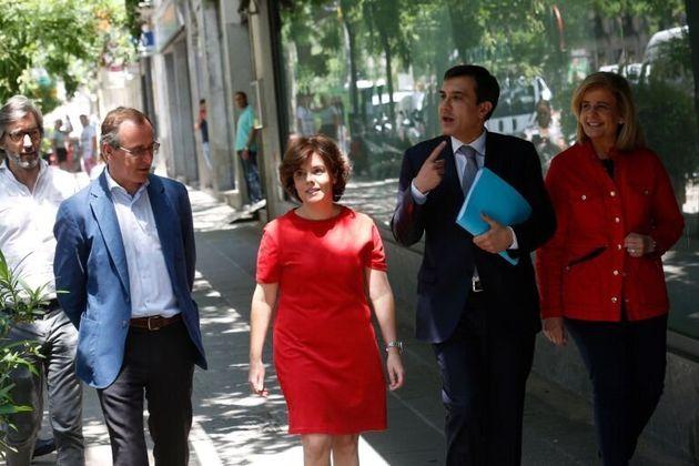 Oyarzábal, Alfonso, Sáenz de Santamaría, Ayllón y