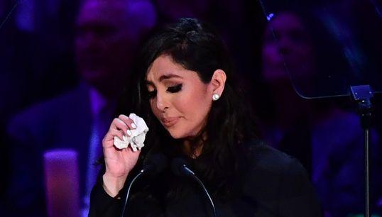 Vanessa Bryant Tearfully Honours Kobe Bryant, Gianna Bryant At Memorial
