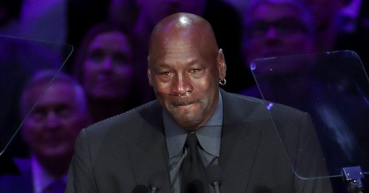 En larmes pour son hommage à Bryant, Michael Jordan a réussi à faire éclater la salle de rire