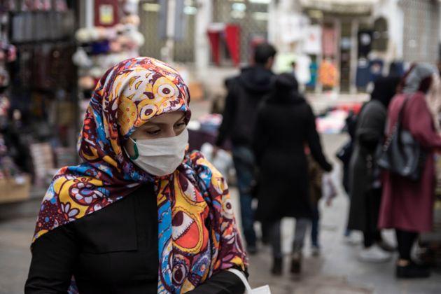 Iraniani sempre più isolati e sfiduciati, nel focolaio del c
