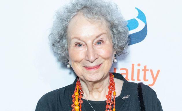 Margaret Atwood est l'autrice du livre dont s'est inspiré la série