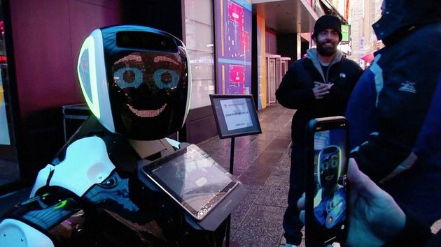 Robot, app, QR code e telecamere ovunque. La risposta hi-tech della Cina al