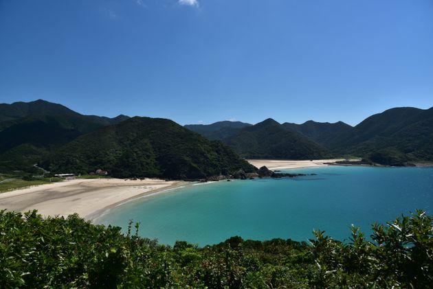 高浜海水浴場(福江島) 緑に囲まれた五島列島を代表するビーチ