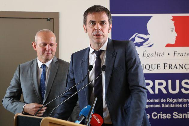Le ministre de la Santé Olivier Veran et le directeur général de la santé...