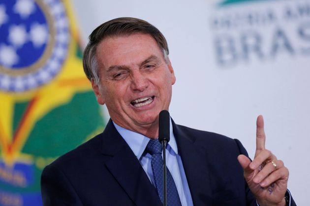 Bolsonaro compartilha vídeo de ato anti-Congresso por WhatsApp, segundo