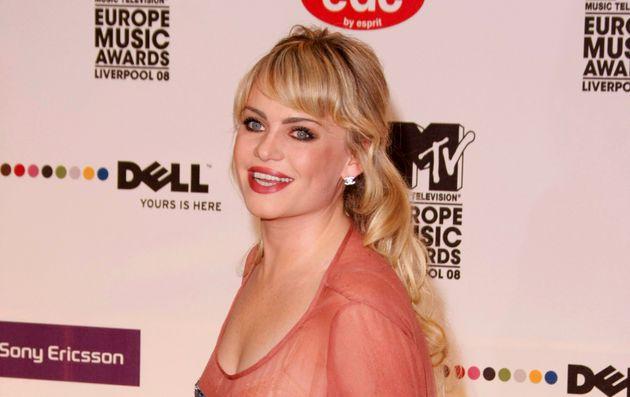 «Με απήγαγαν, με νάρκωσαν και με βίασαν» έγραψε η διάσημη Βρετανίδα τραγουδίστρια