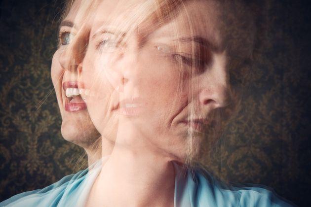 Γυναίκα που πάσχει από διπολική διαταραχή.