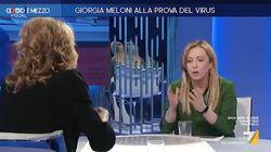 """Il litigio tra Meloni e Gruber: """"Stufa di essere guardata dall'alto in"""